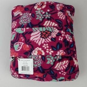 NWT Vera Bradley Fleece Travel Blanket  BloomBerry